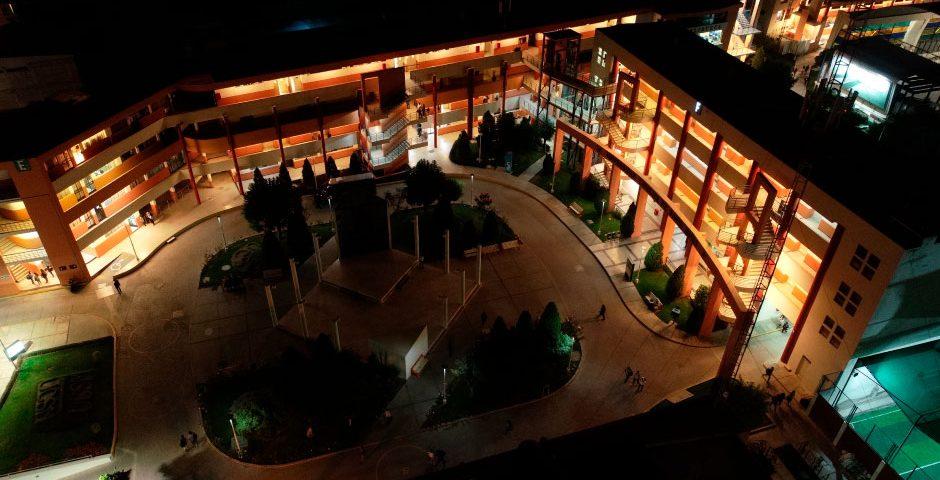 campus-ucsm-paneles-eneergia-solar