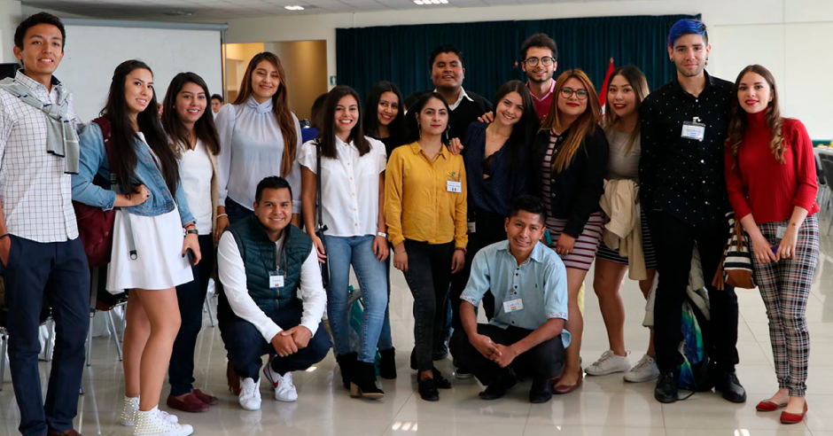 desayuno-itnernacional-ucsm-2019grupos-alumnos