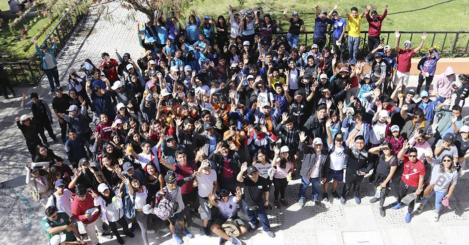 mas-de-300-alumnos-recorrieron-siete-kilometros-en-caminata-de-integracion