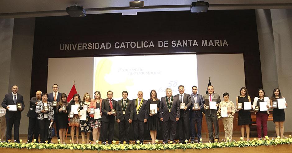 casa-santamariana-reconoce-a-docentes-y-administrativos-por-su-trayectoria-y-su-entrega-al-servicio-de-la-comunidad