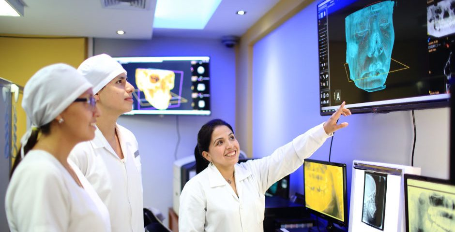 especialistas-de-latinoamerica-y-ee-uu-presentan-investigaciones-sobre-reconstruccion-maxilars
