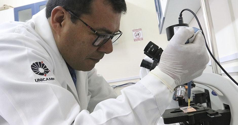 investigadores-santamarianos-crean-medicamento-para-curar-dientes-en-base-cemento-portland-de-construccion
