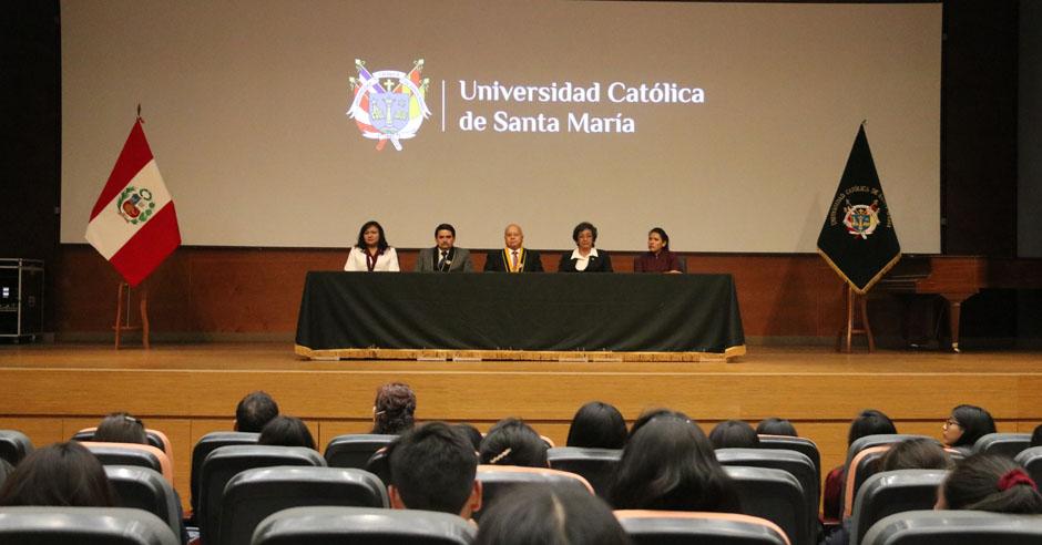 en-la-ucsm-se-desarrolla-el-congreso-de-estudiantes-de-obstetricia-mas-importante-del-pais