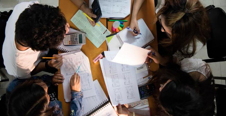 investigadores-de-la-ucsm-iniciaran-estudio-para-medir-la-eficacia-de-los-sistemas-de-evaluacion-en-los-colegios-de-arequipa-portada